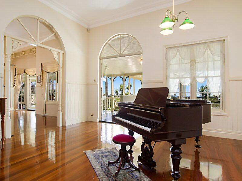 Kookaburra Grand Piano | Kookaburra Homestead Elopements